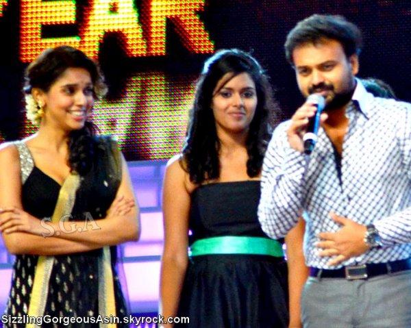 Asin at Ujala Asianet Film Awards 2012...♥