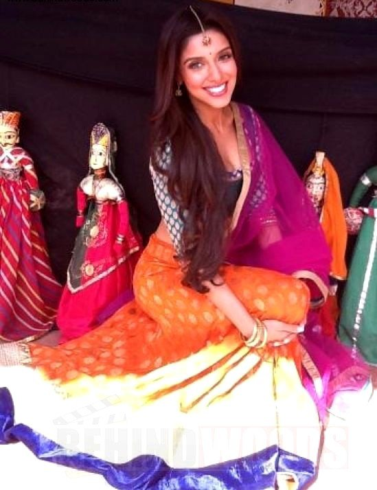 Asin at Jaipur (On the set of Bol bachchan)