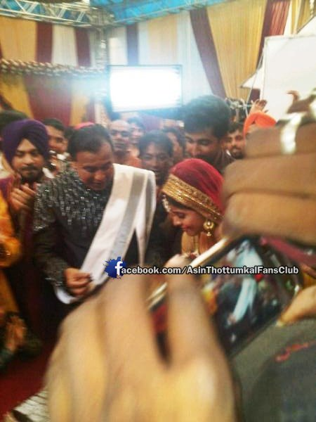 Akshay Kumar, Asin Wrap First Schedule of 'Khiladi 786'
