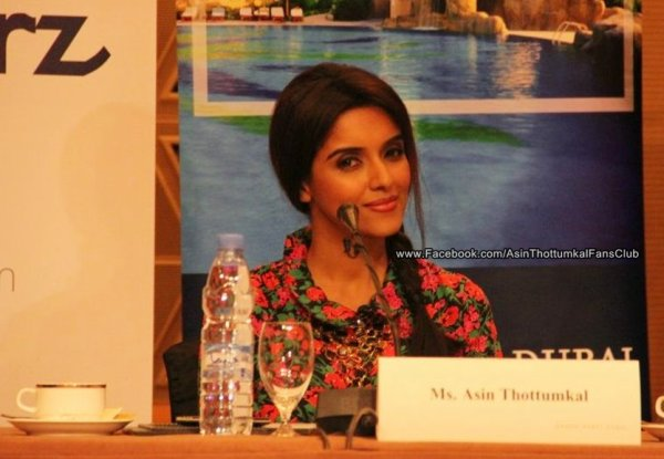 Bol Bachchan promotion,Asin at the Press Conference in Grand Hyatt Dubai. ツ