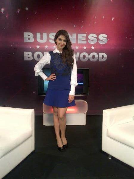 Asin at zoom tv office