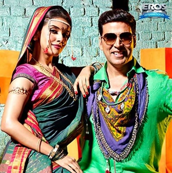 "Check out Asin's first look in Khiladi786 , the exclusive ITEM song promo ""Balma"" featuring Akshay Kumar & Asin."