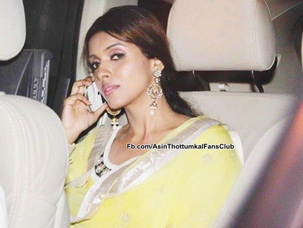 Asin at Amitabh Bachchan Diwali Bash 2012!