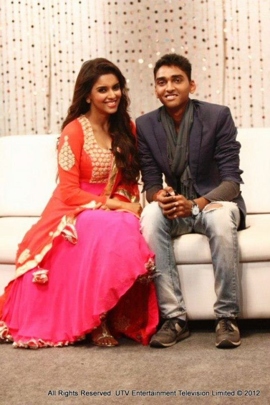 Asin on Live My Life 2