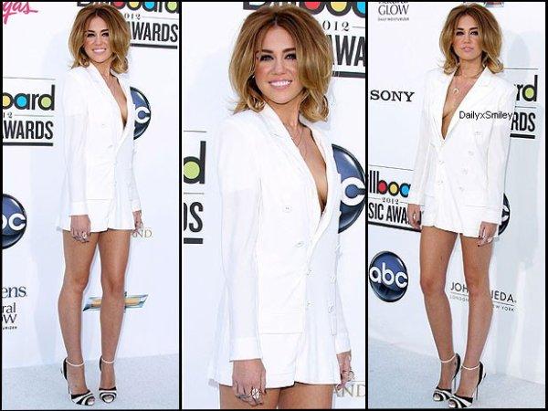 Bienvenue sur ta source sur la sublime Miley Cyrus