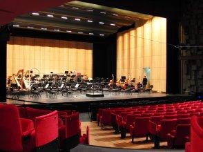 Le bien nommé Théâtre des Arts ! A Rouen, les muses s'y donnent rendez-vous...