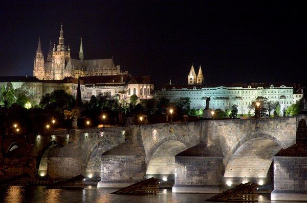 PRAGUE, EN QUELQUES CONSEILS, ITINERAIRES & ADRESSES !