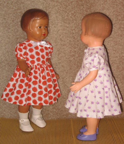 """Voici 2 versions de la robe de présentation portées par mes 2 """"Françoise"""" !"""