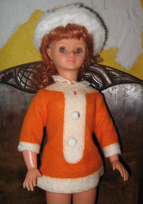 Cathie jambes raides brune devenue rousse ...