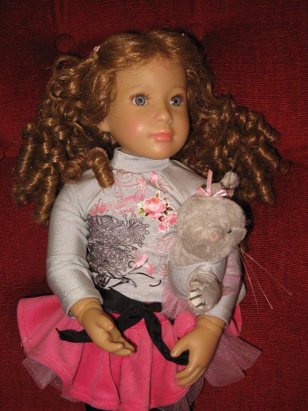 """Je vends  """"Ariane"""" une des Kidz de 2012, je crois bien ... VENDUE"""