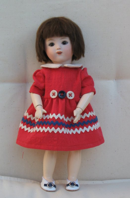 """Une version de la robe """"Croquignolette"""" de Bleuette"""