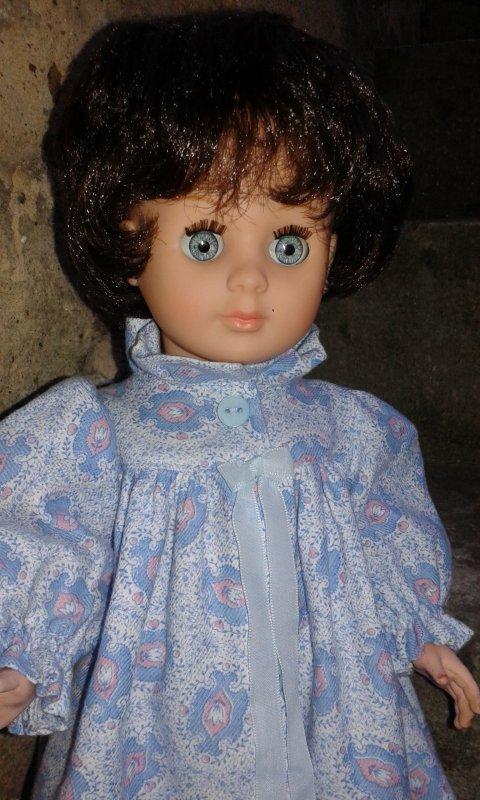 La robe de chambre de septembre 1979 en bleu