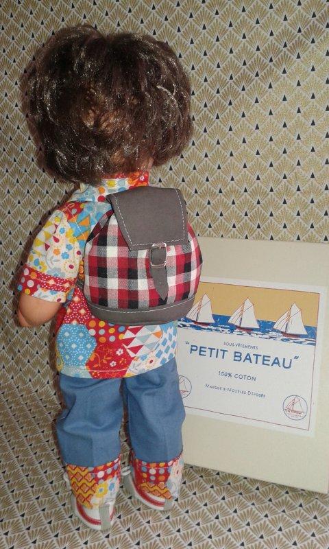 Pour Tata Françoise, t'as vu mes shoes et mon sac et la jolie boite ?