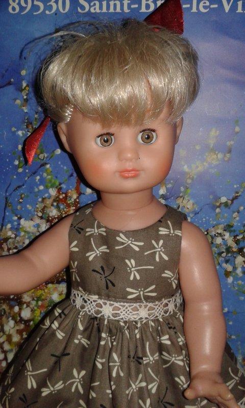 Emilie jolie et un nouvel essuie-mains