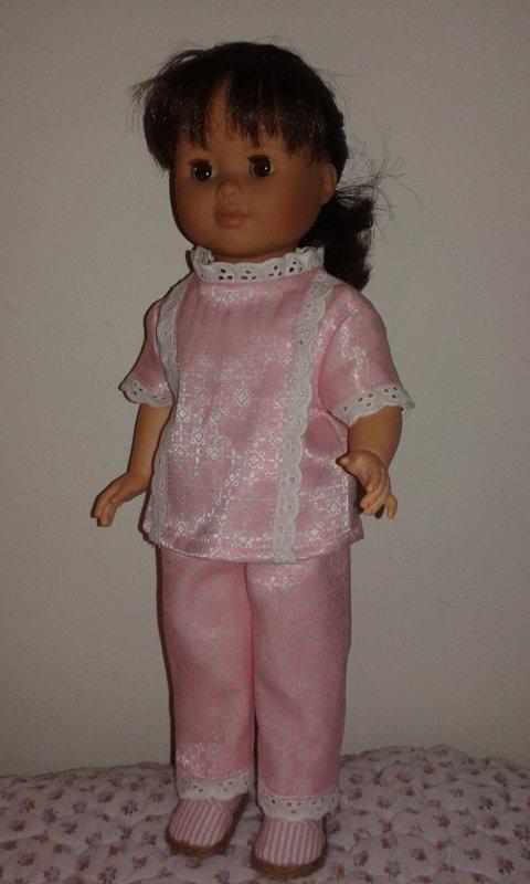 Marie Françoise en pyjama de septembre 1971