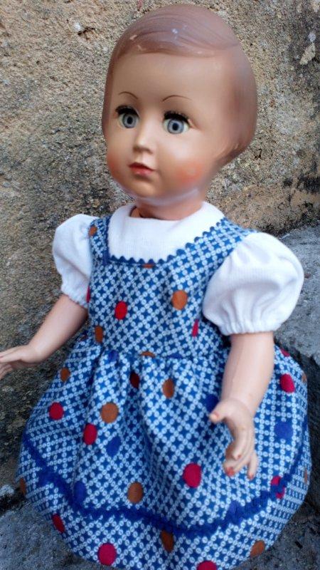 Françoise porte la robe de Juin 1956