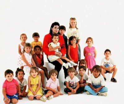 Michael aimait simplement les enfants...