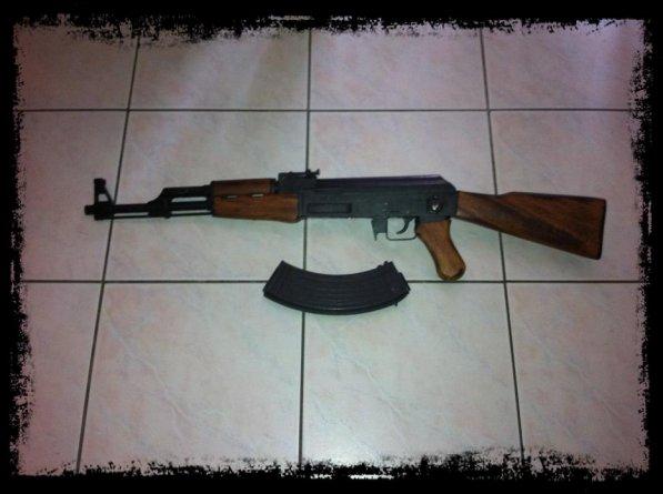 vend AK47