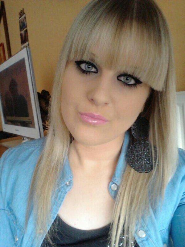 ~ Angéliine, 17 ans, Facebook : Angeline Husiaux...*
