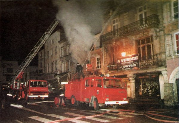 FEVRIER 1984,SOUVENIR D'UN FEU.....
