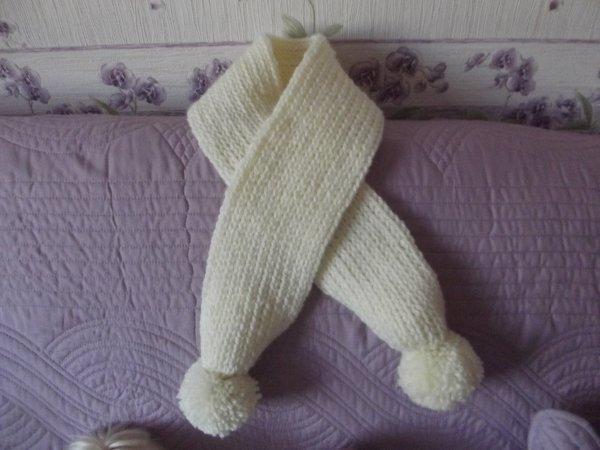 le beige  tricotin et bleu aiguilles