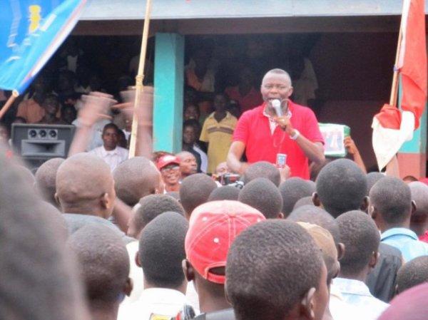 Vital Kamerhe soutient Etienne Tshisekedi 