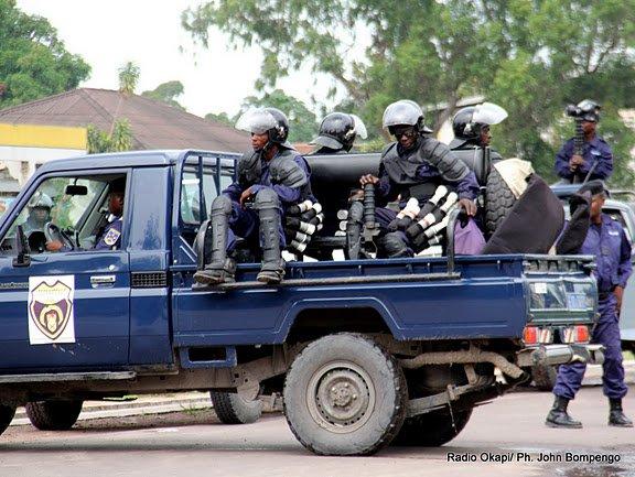 RDC: un capitaine de la police torturé pour avoir salué un avocat d'Etienne Tshisekedi, affirme la VSV