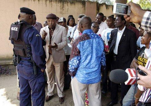 La police empêche le rassemblement des partisans de Tshisekedi