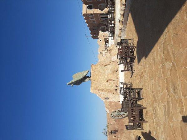 Aujourd'hui visite de Chenini et aux Sept Morts