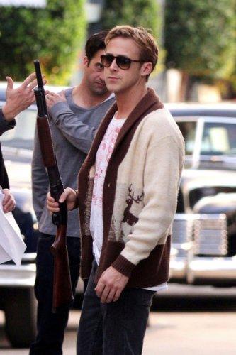 """30.11.2011 : Ryan sur le tournage de """"The Gangster Squad"""" à Los Angeles"""