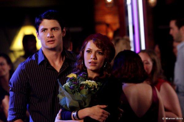 """"""" C'est dur quand une personne te manque. Mais ça veut dire que tu étais chanceux, que tu avais quelqu'un de spécial dans ta vie, quelqu'un d'assez important pour te manquer."""" Les Frères Scott"""
