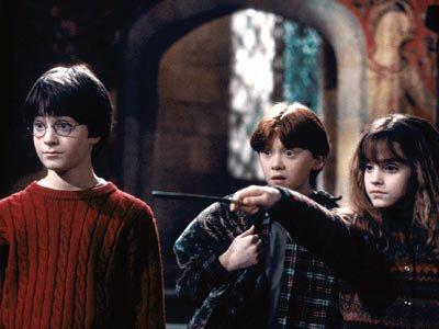 """"""" Il faut du courage pour affronter ses ennemis mais il en faut encore plus pour affronter ses amis..."""" Dumbledore (Harry Potter 1)"""
