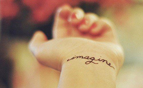 Tattoo, je n'en ai aucun, mais j'adore ça. <3