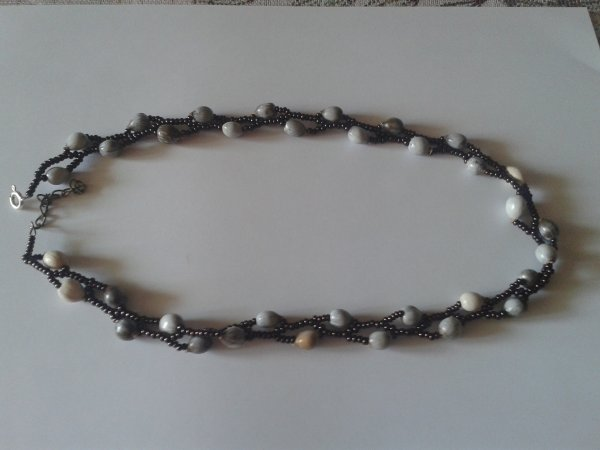 collier graine de job2