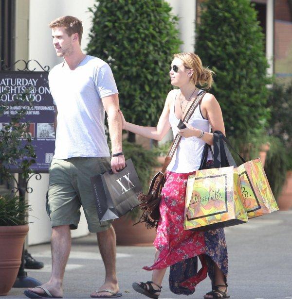 25.08.2011 Miley & Liam sortent dans Santa Monica + Photos personnelles