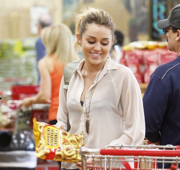 21.10.2011 Miley va faire ses courses
