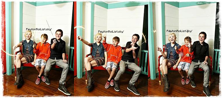 Voici un tout nouveau photoshoot de Peyton et ses frères fait le 12 mars 2013.