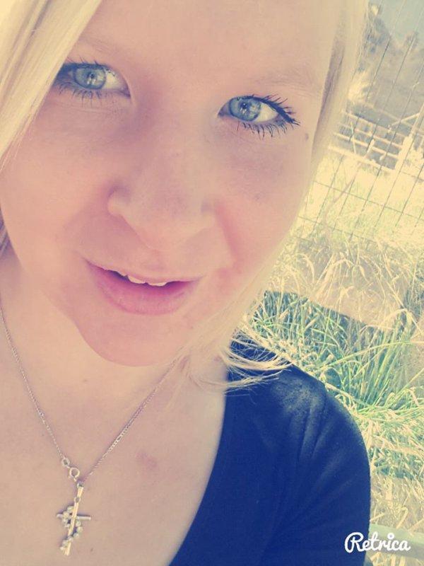 Je ne suis peut-être la plus belle a l'extérieur mais je suis surement la plus belle a l'intérieur ...