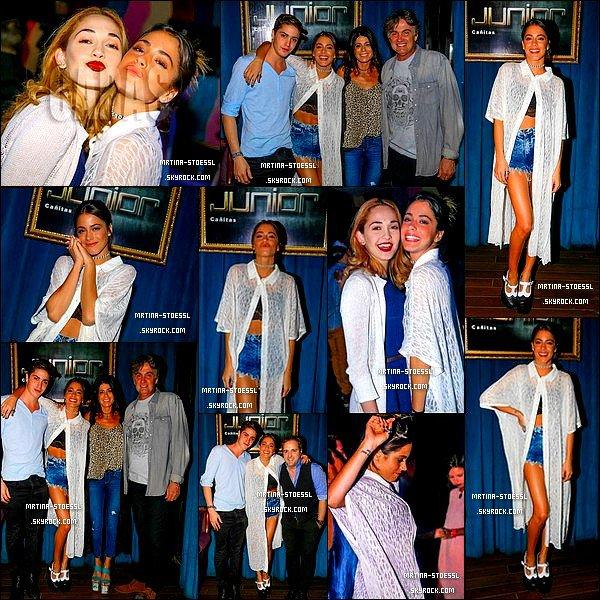 . Avril 2015 : Tini est allée fêté son anniversaire aux Cañitas, à Buenos Aires en compagnie de sa famille ainsi que de Mechi L. De retour dans sa ville natale, Tini n'a pas hésité à re-fêter son anniversaire. Côté look, Tini a sortie une tenue décontracté, idéale pour faire la fête ! .