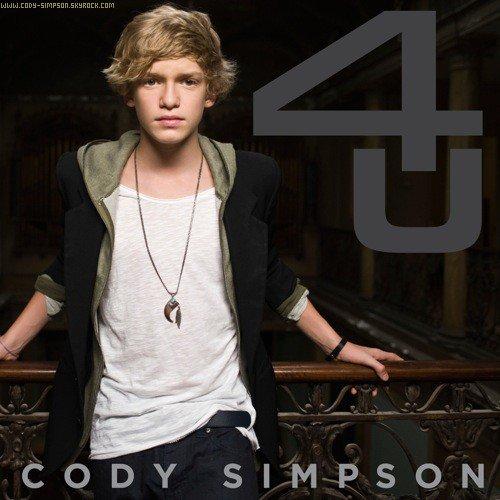 . 21 dec.  Premier album de Cody « 4U » qui sortiras le 21 décembre au U.S.A !