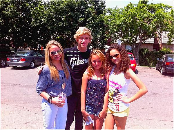 26 juin. Cody performe au « Taste of Joliet » de retour aux Etats-Unis.