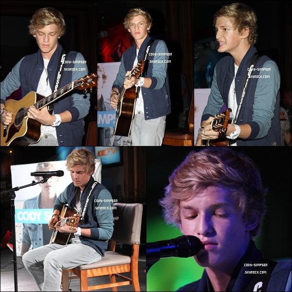 19/09/11 - Cody Simpson a organisé une soirée à l'occasion de la sortie de son nouvel album « Coast to Coast ».