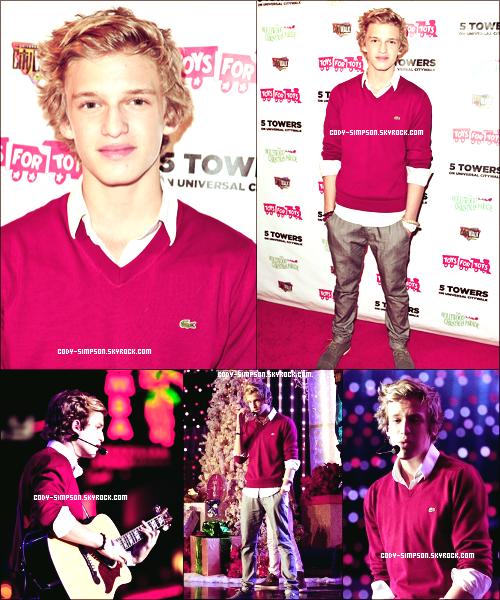 22 nov. Cody à la cérémonie de Noël « CityWalk Tree Lighting » où il a performé quelques chansons.   .