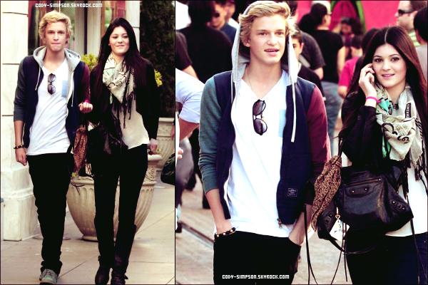 27 Nov.  Cody a été aperçu en compagnie de Kylie Jenner sortant d'un centre commercial a Los Angeles.   .