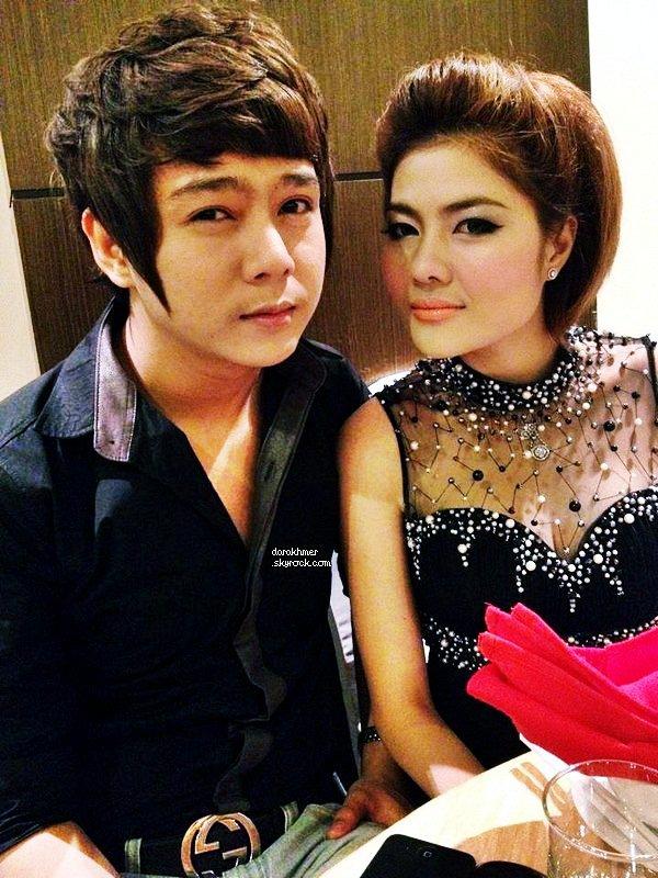 Le beaux Chanteur Nico Valentine, et la belle actrice Dara Pemean ont été aperçut au restaurant .