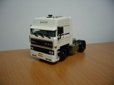Mon premier modèle WSI 1/50 ème . DAF 3600 ATI Space Cab