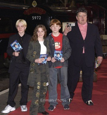 2002 (Premieres/Events) : Harry Potter and the Philosopher's Stone DVD Lauch [08.05]