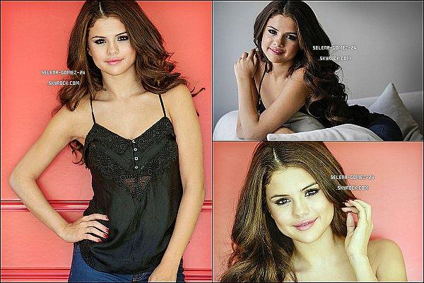 • Découvrez le photoshoot de la belle Selena pour le site « L.A. Times ».