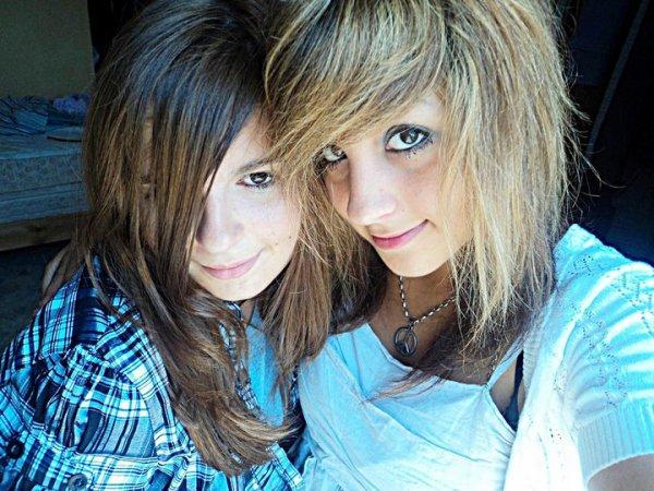 moiii et ma soeur :) <3