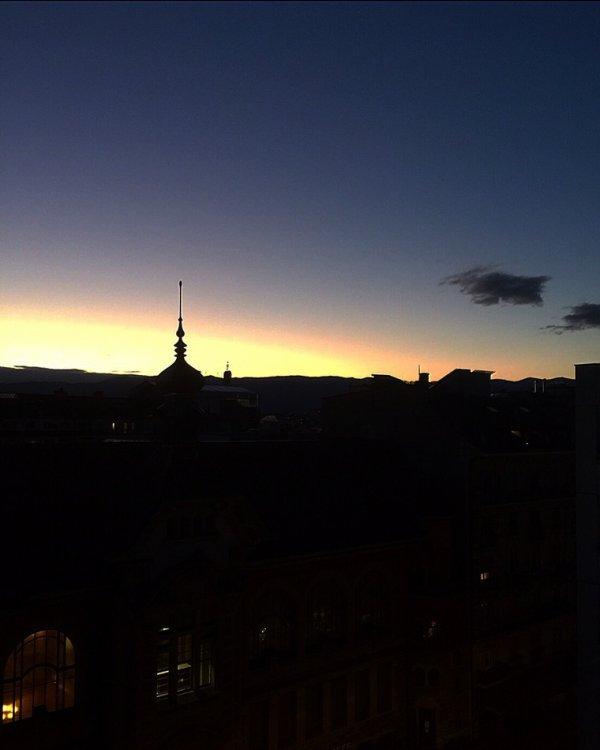Genève sous différent coucher de soleil